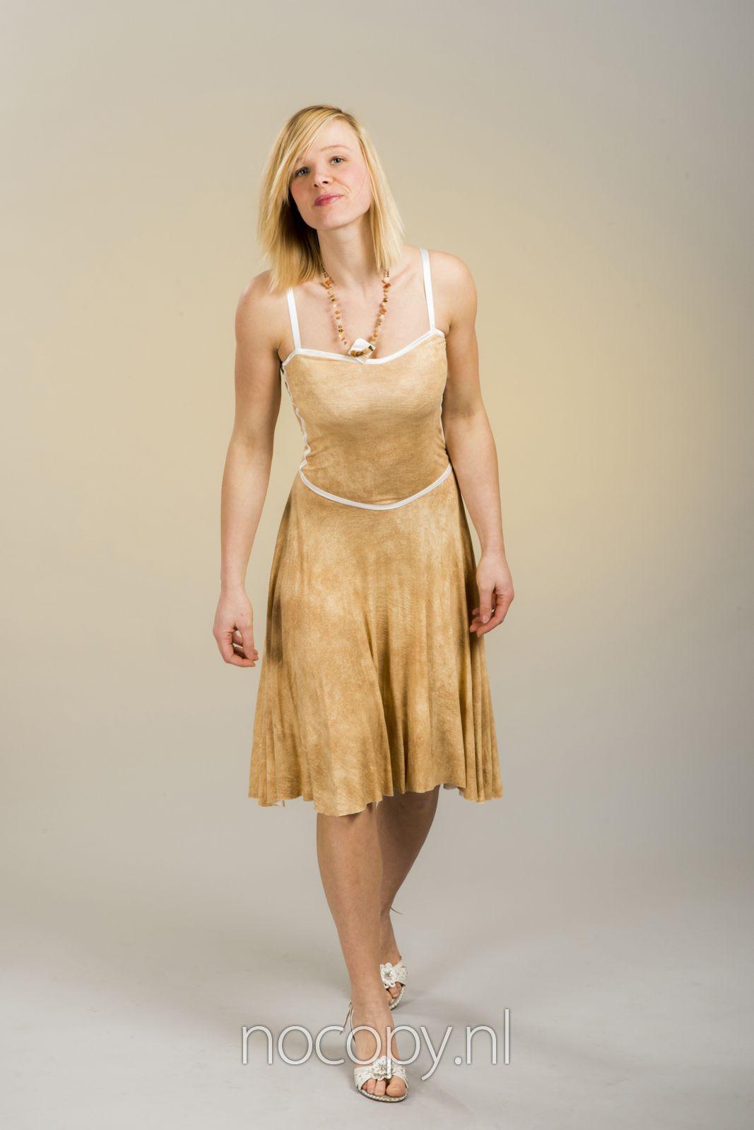 Strapless flatterende jurk