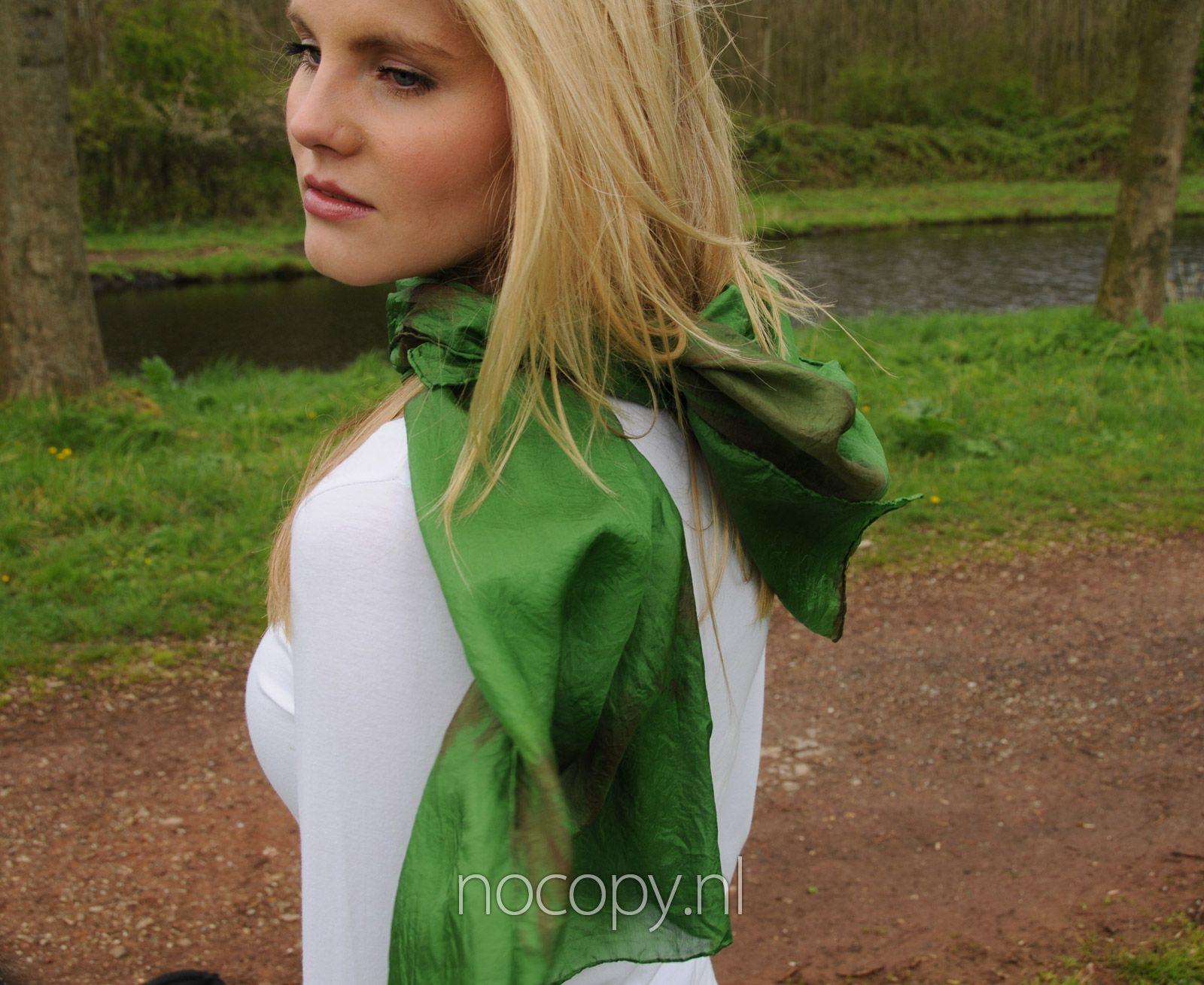 Groene woods zijde sjaal