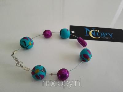 Amazing colours armband