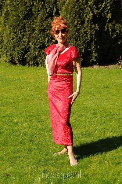 Rode avondjurk Queen Marijke