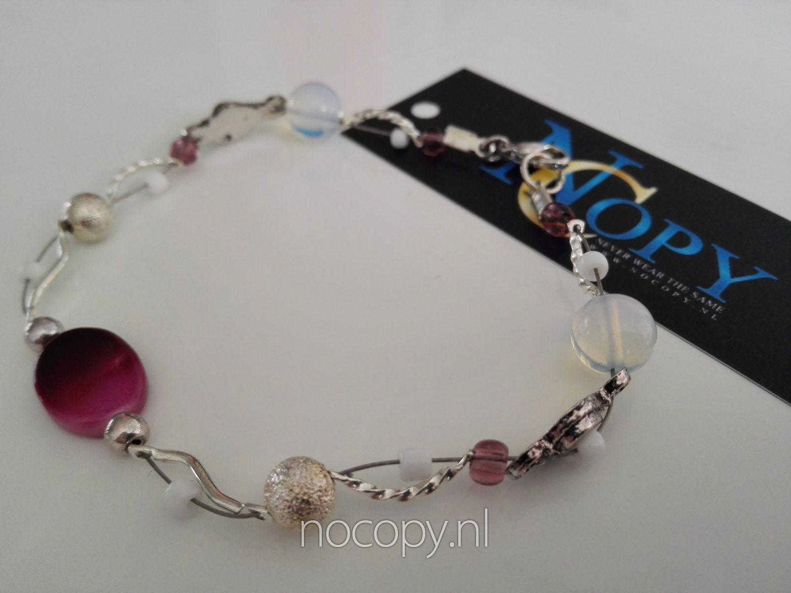 Pink Lady armband